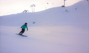 Melissa skiing
